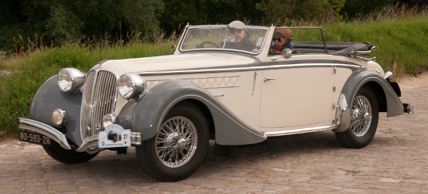 Cabriolet Delahaye 135 de 1937 carrossé par Henri Chapron